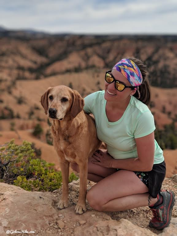 www.GirlonaHike.com, Hiking in Utah with our Dogs