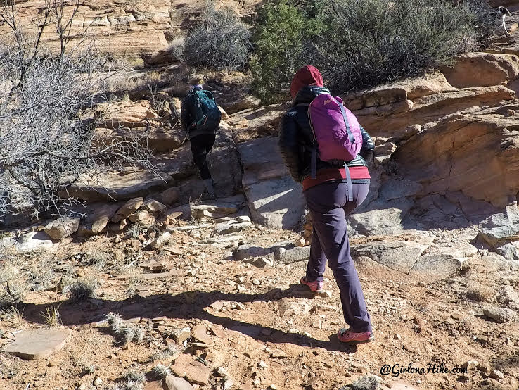 Hiking to Phipps Arch, Grand Staircase Escalante National Monument