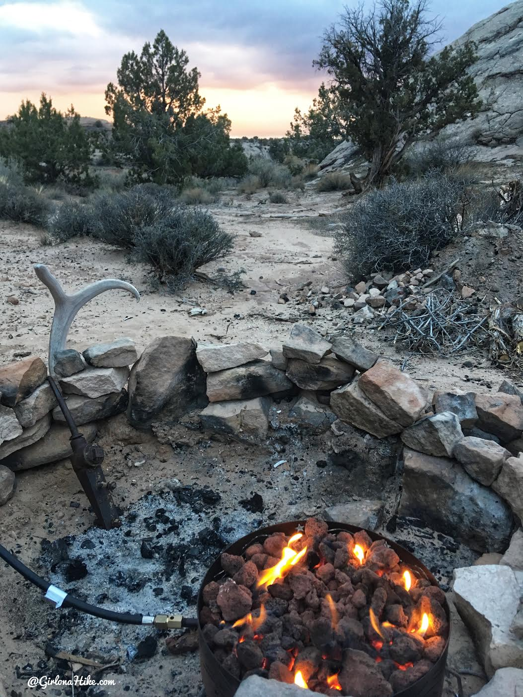 Exploring the Comb Ridge Canyons & Ruins, Cedar Mesa, Camping