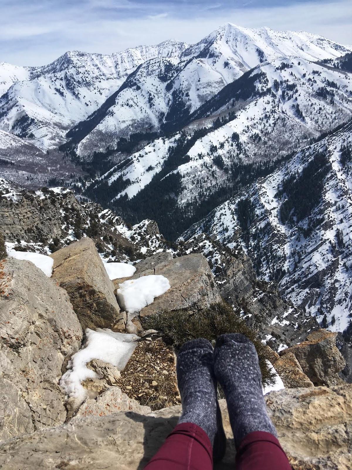 Hiking to Squaw Peak, Utah County, Hiking in Utah with Dogs