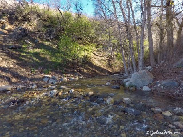 Hiking to Flag Rock in Farmington, Utah
