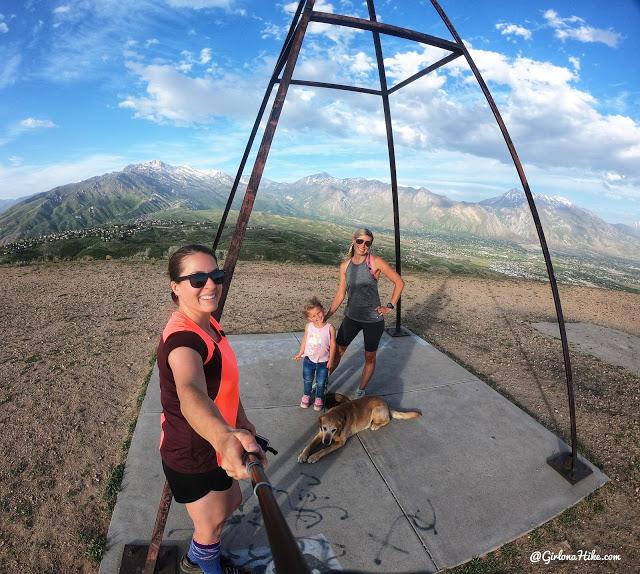 Hiking at the Deer Ridge Off Leash Area, draper alien tower