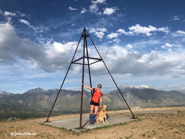 Hiking at the Deer Ridge Off Leash Area, draper utah trail, draper alien tower