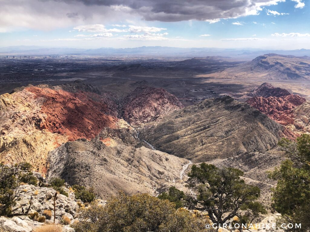 Hiking to Turtlehead Peak, Red Rock Canyon National Conservation Area